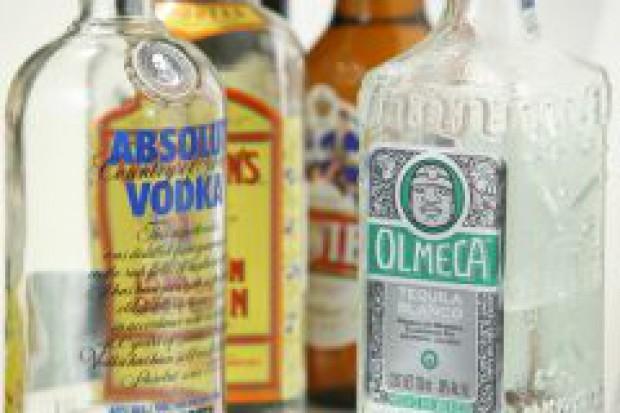 Udaremniony przemyt skażonego alkoholu