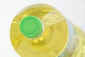 Ukraina: możliwe dalsze ograniczenie eksportu oleju słonecznikowego
