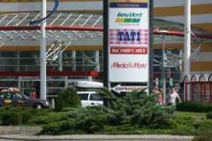 Więcej centrów handlowych w małych miastach