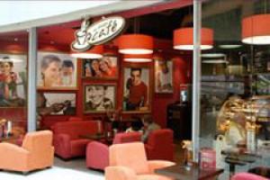 Daily Cafe zmienią szyld na W Biegu Cafe