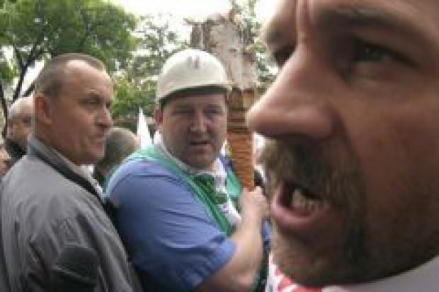 Rząd chce wprowadzić ograniczenia dla związków zawodowych