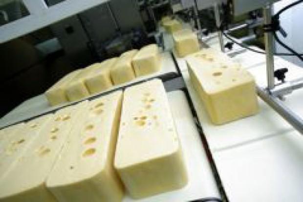 Europa: sprzedaż mleka i jego przetworów wzrasta