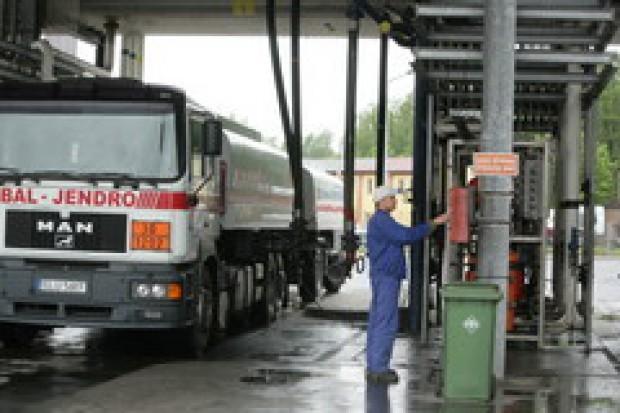Rząd nie zdąży podnieść ulg na biopaliwa
