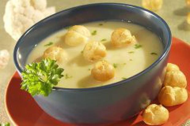 Polacy kupują coraz więcej zup błyskawicznych