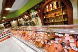 Małe sklepy mięsne na topie