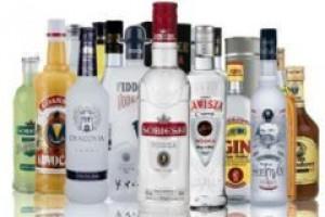 Wakacyjna walka producentów wódki o konsumenta