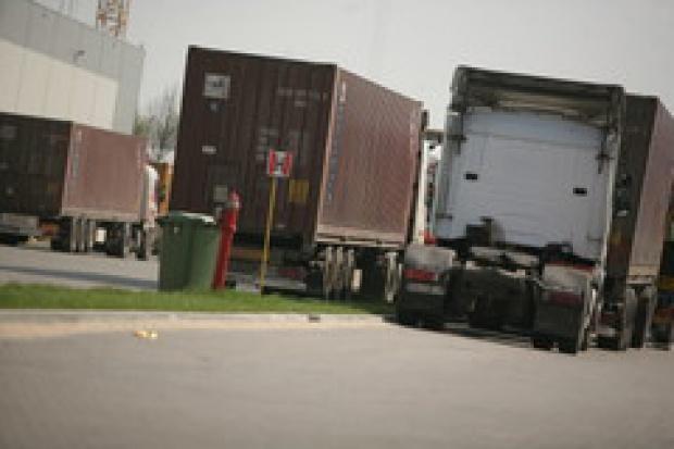 Niemcy: 500 kierowców ciężarówek protestuje przeciwko cenom paliwa