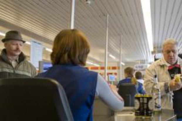 Carrefour: o pracowników trudno tylko w dużych miastach