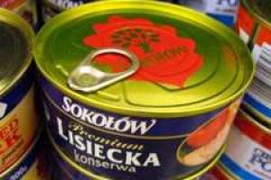 Ponad jedna czwarta Rosjan kupuje konserwowane mięso
