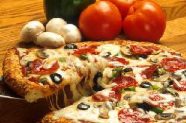 Wystarczy obniżyć cenę o centa, a sprzedaż pizzy wzrośnie o 15 proc.