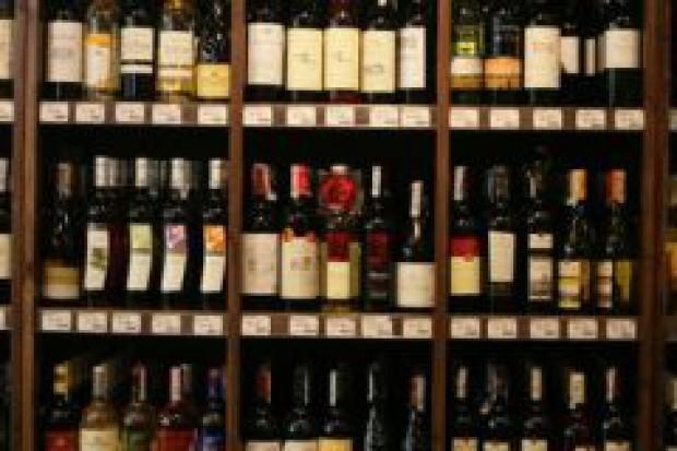 Ostrzeżenia o szkodliwości alkoholu zajmą 20 proc. etykiety