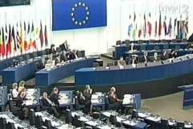 PE wzywa do zakazu klonowania w celu produkcji żywności