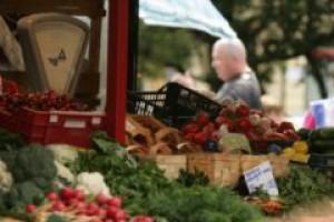 UE: Tanieją produkty rolne