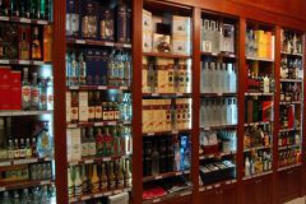 Co sekundę znika z półek sklepowych w Polsce jedna butelka wódki