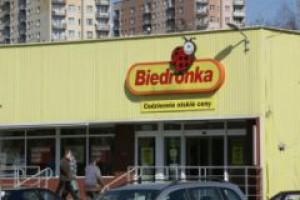 UOKiK: Biedronka ma warunkową umowę na przejęcie sieci Plus
