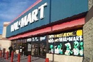 Wal-Mart zarabia na kryzysie finansowym w USA i Europie