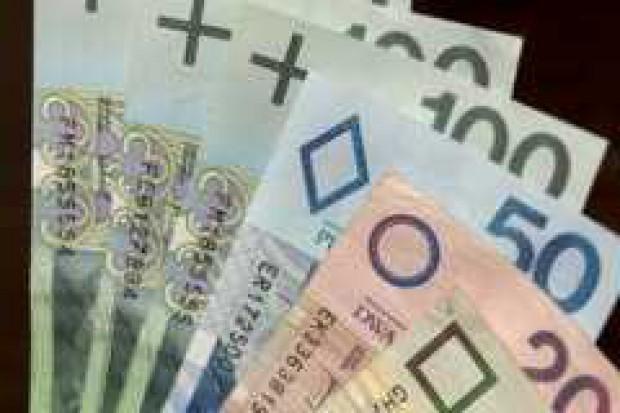 NBP nie przewiduje na razie interwencji na rynku walutowym