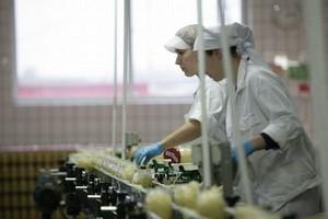 Polskie firmy zwolnią prawie 100 tys. osób