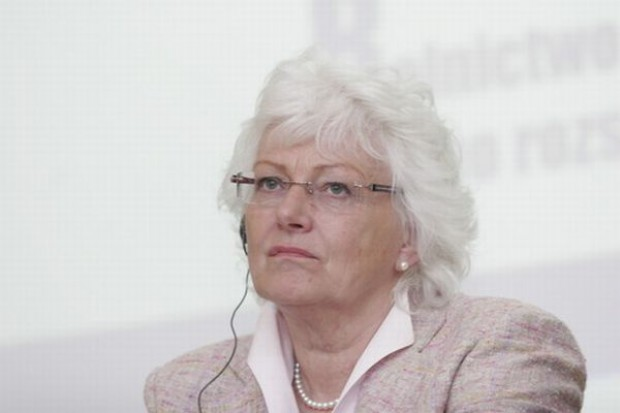 Mariann Fischer-Boel: jest szansa na wcześniejszą pomoc dla producentów cukru