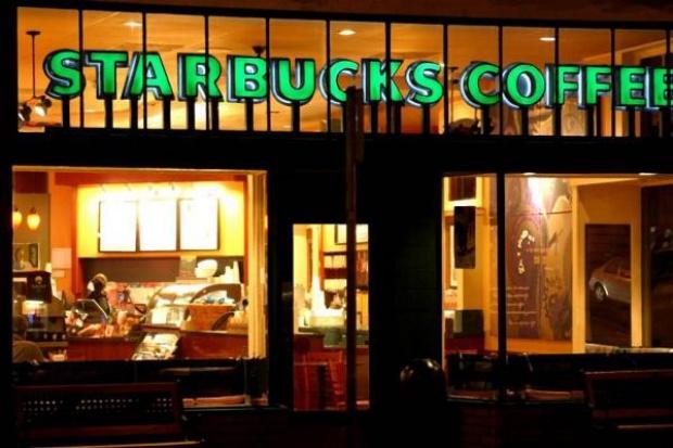 Starbucks opóźnia debiut na polskim rynku