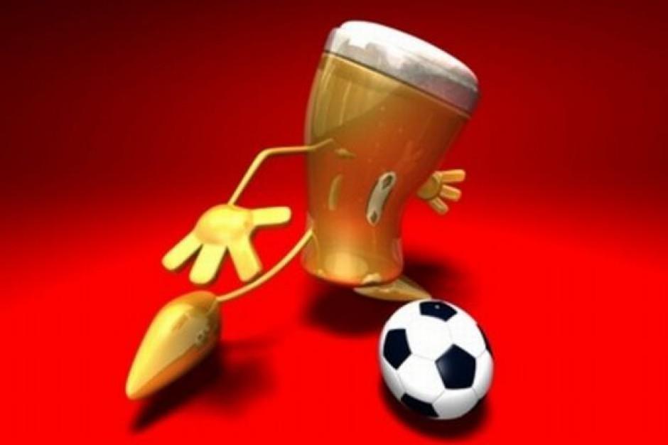 Kłótnia o piwo na trybunach piłkarskich