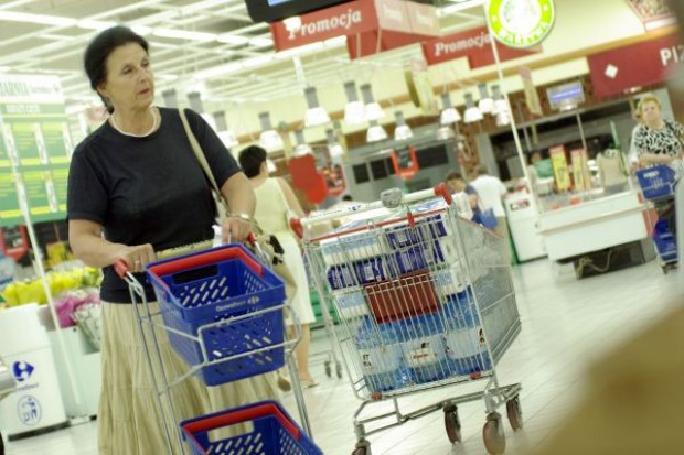 GfK: Spowolnienie w gospodarce nie wpływa na zakupy Polaków