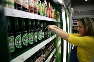 Ustawa antyalkoholowa zaostrzy sankcje wobec niepraworządnych sklepikarzy