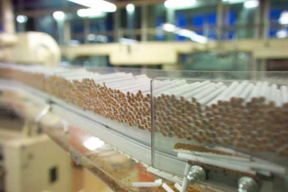 Przedstawiciel Philip Morris: Spadkowi sprzedaży papierosów winne są podwyżki akcyzy
