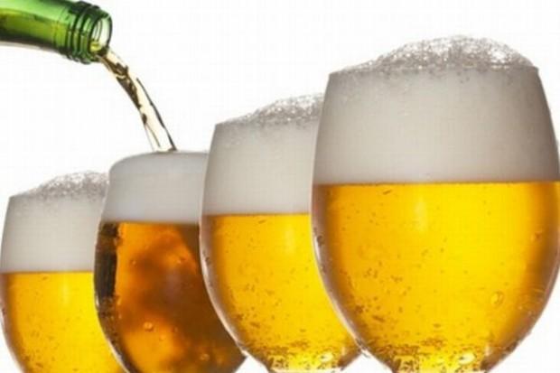 Browary sprzedają coraz mniej piwa w Polsce