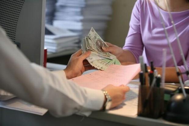Wynagrodzenia w firmach wzrosły
