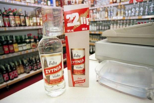 Sprzedaż tanich wódek zmaleje o 35 mln litrów
