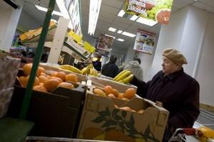 W obliczu kryzysu Polacy zaciskają pasa i oszczędzają na jedzeniu