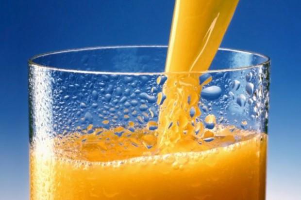 Sprzedaż soku pomarańczowego zmniejszy się o 7,82 mln ton