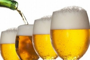 Reklamy piwa wyłącznie między godz. 23 wieczorem a 6 rano