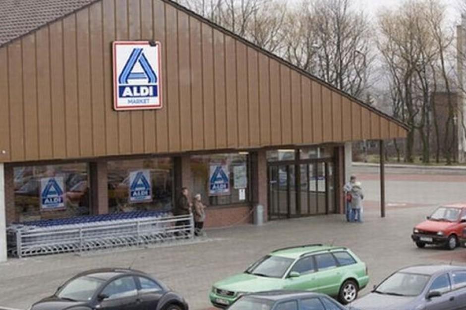 Małe sklepy tracą klientów na rzecz dyskontów