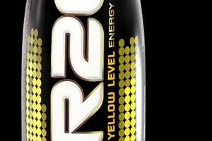Hoop urozmaica i unowocześnia napoje energetyczne R20