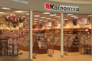 Kolporter wycofuje się z centrów handlowych