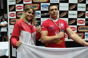 Zdjęcie numer 1 - galeria: Producenci napojów coraz częściej sponsorują sporty walki