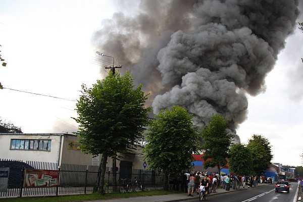 Spłonęły zakłady mięsne JBB w Łysych