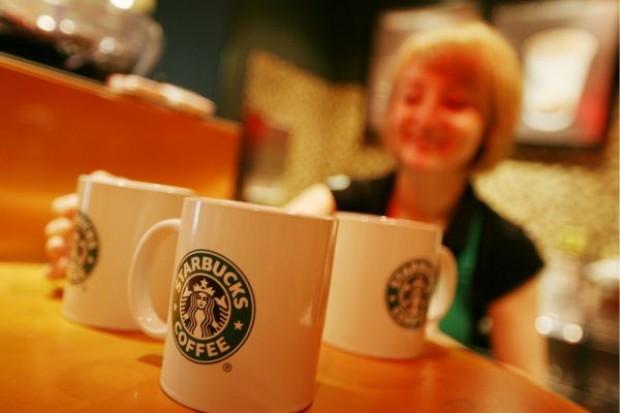 Starbucks będzie sprzedawać alkohol w swoich kawiarniach