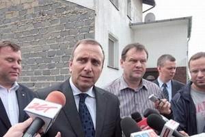 Schetyna o nominacjach generalskich: przykro z powodu decyzji prezydenta