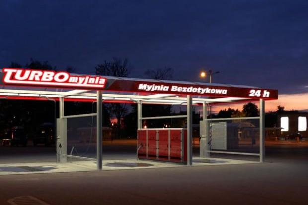 Firma Carwash uruchomi przy marketach sieci E.Leclerc i Polomarket myjnie bezdotykowe