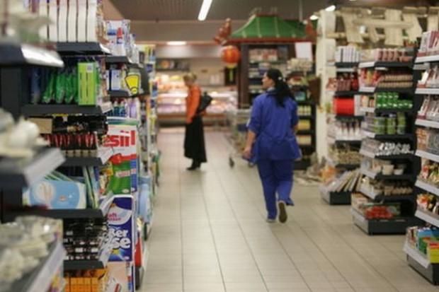 W II kw. sprzedano w sklepach o 10 proc. więcej żywności i artykułów chemicznych