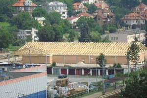 Colliers: Działki pod budowę obiektów handlowych potaniały w I połowie 2009 r. nawet o 30 proc.