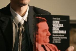 """Córka Wałęsy: Książka """"Lech Wałęsa. Idea i Historia"""" narusza moje dobra osobiste"""