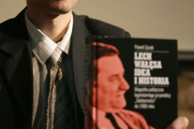 Córka Wałęsy: Książka