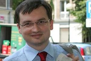 Ziobro ws. decyzji o przecieku: Prokuratura zakpiła z inteligencji Polaków