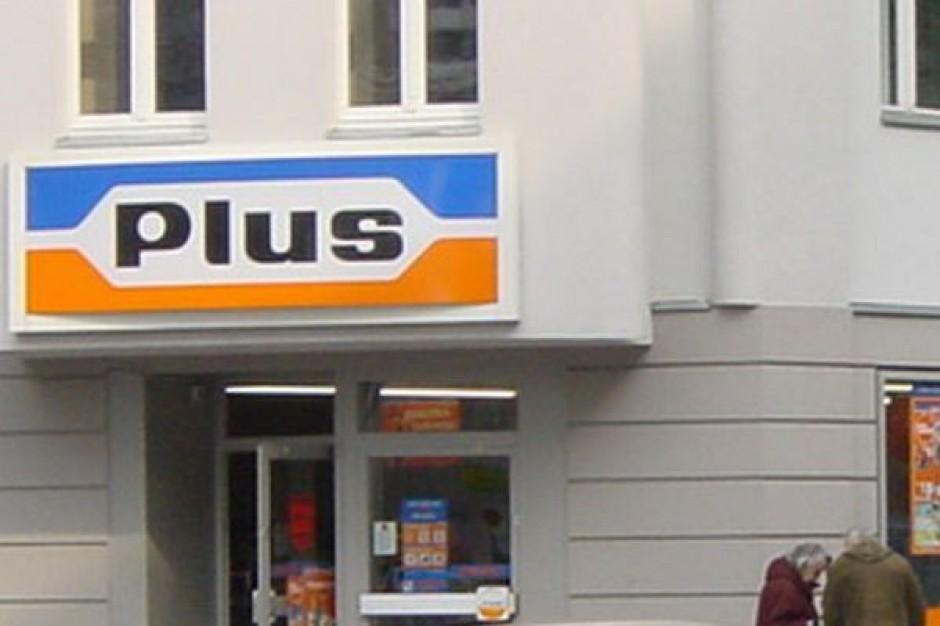 Wartość sprzedaży w sklepach Plusa przejętych przez Biedronkę wniosła ponad 1,38 mld zł