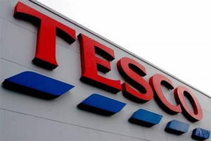 Tesco reglamentuje klientom żywność w sklepach