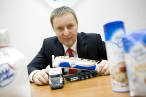 Prezes KSC: Reklamy producentów soków propagujące nieużywanie cukru to manipulacja
